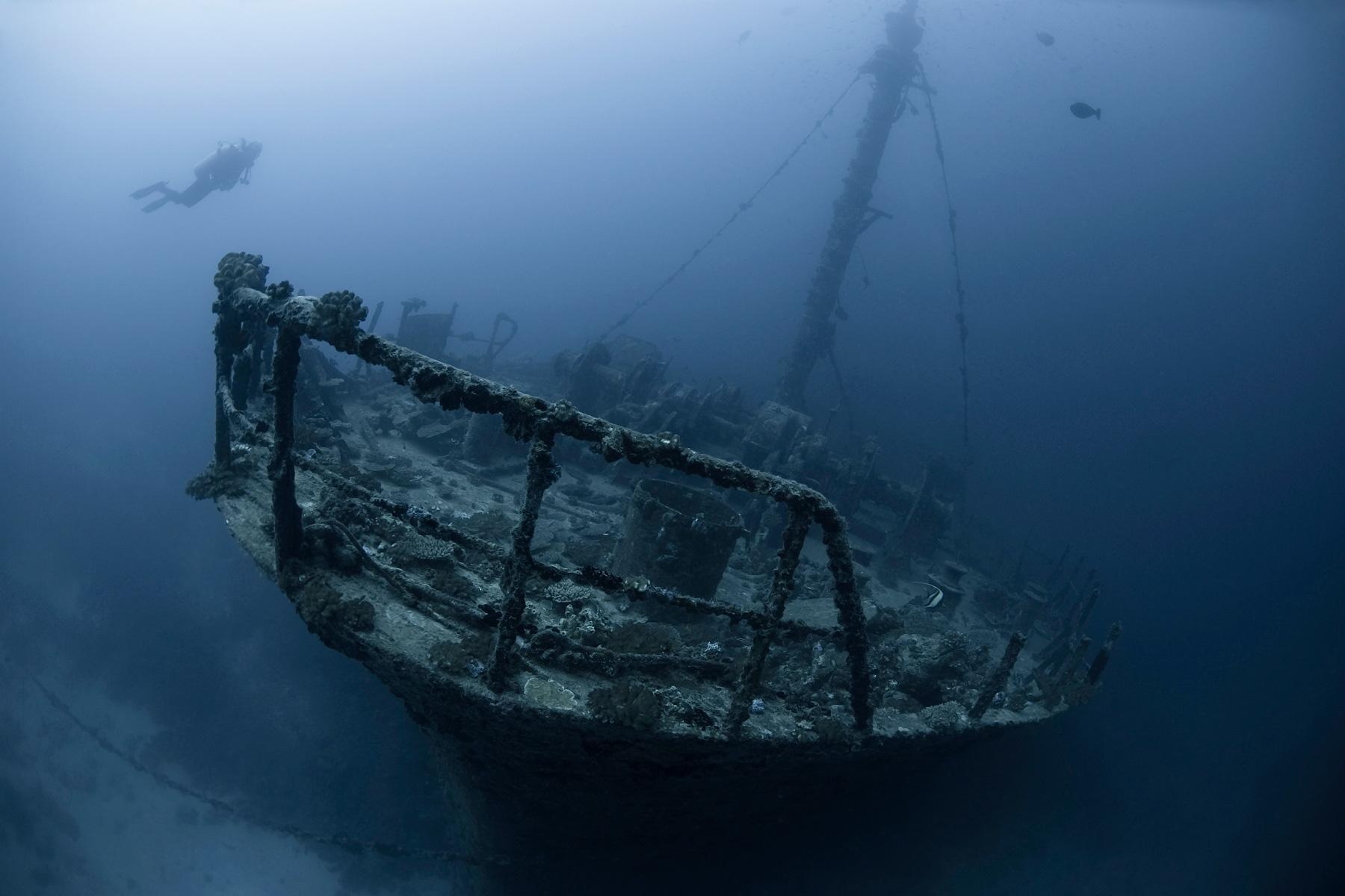 Wracks - Taucher - Zerstörung der Meere